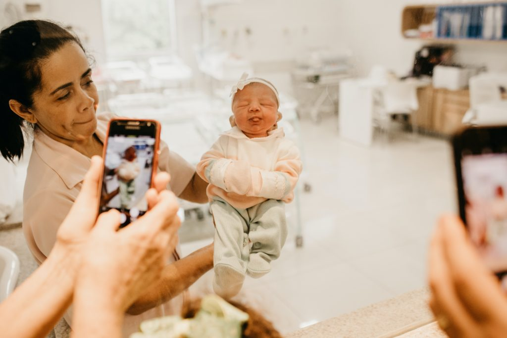 best phone cameras for moms and beginner photographers