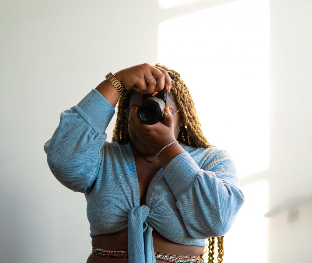 best mirrorless cameras for beginner photographers
